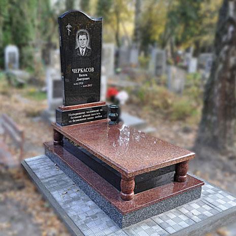 Надгробные памятники из гранита фото у гранитные памятники каталог тверь