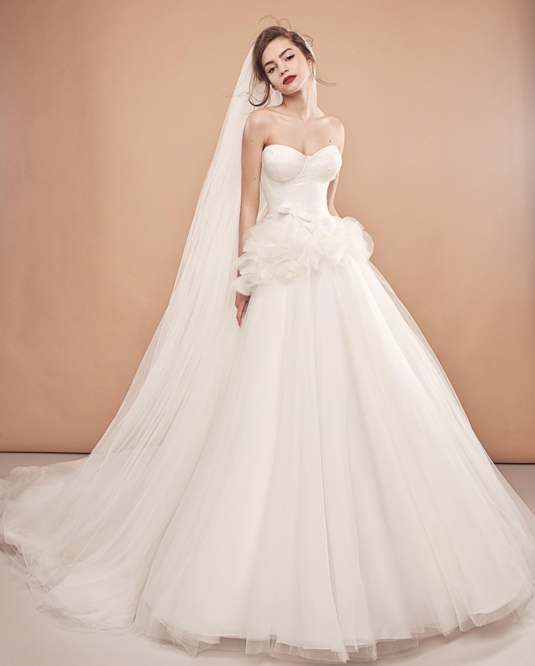 Салон платьев