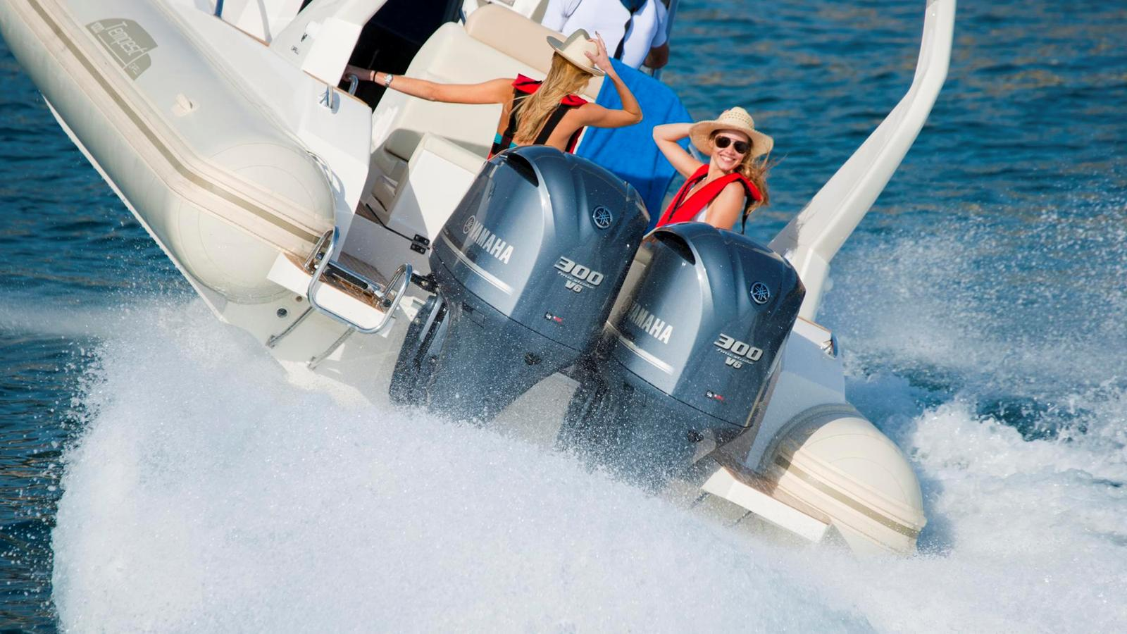 как правильно управлять лодкой с мотором видео